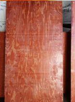 河北厂家供应13个厚杨木芯材建筑模板 覆膜模板