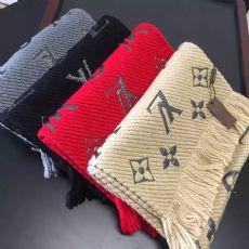 厂家高档1v等名牌巴宝莉羊绒围巾包包批发