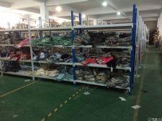 最新款外贸余单工厂开始正式下单,羊毛大衣,羽绒服,厚款毛衣,打底