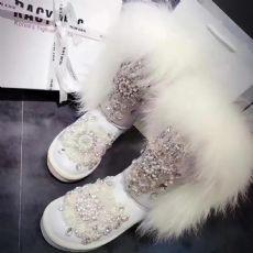 女鞋雪地靴品牌一手货源,全网同款最低出厂价,免费代理!图片