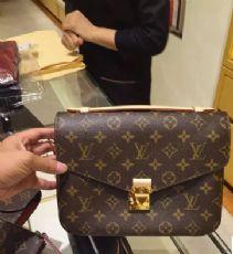高仿奢侈品网站高仿包包货源一比一lv女包高仿货源网lv包包货源