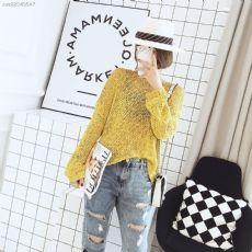 纯色编织毛衣