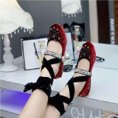 miumiu2017春夏新款芭蕾舞鞋女鞋单鞋流行趋势