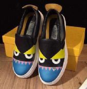 广州精仿鞋批发,坚持制作品牌高档鞋子批发