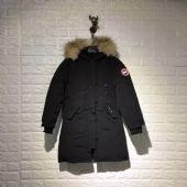 加拿大鹅Canada goose经典中长款修身保暖羽绒服