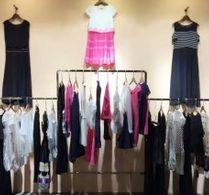 供应品牌尾货、连衣裙、牛仔裤、外贸原单批发