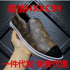 工厂供货高仿奢侈品男鞋 微信货源诚招代理一件代发 支持退换