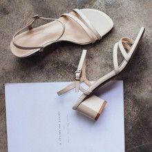 真皮女式凉鞋一件代发厂家直销一手货源