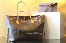 专各大奢侈品包包,钱包,皮带,服装,鞋子,零售和代理,微信:love888bag