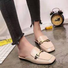 新款女鞋子单鞋韩版时尚方头金属扣漆皮粗跟拖鞋