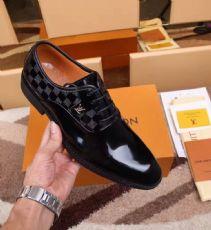 奢侈品男鞋,皮鞋,诚招代理,一件代发。微信17817563465图片