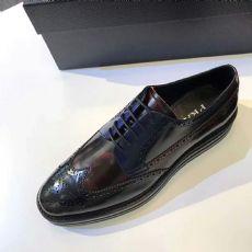 工厂供货高仿奢侈品男鞋,微信货源诚招代理,支持一件代发图片