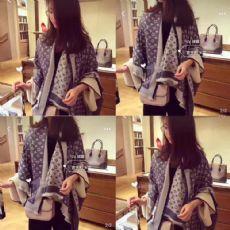 广州厂家直销 丝巾围巾 真丝羊绒 一手货源 一件代发图片