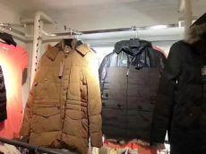 新款外贸棉服,大量童装毛衣,开衫毛衣,低价批发