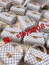 微商一手货源工厂直销白云皮具城奢侈品包包v:sfpj0808图片
