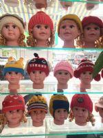 摆地摊5元模式儿童帽子,毛线帽子批发