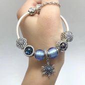 潘多拉PANDORA花朵图案纽扣造型串饰银手镯手环图片