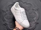 请问高品质名牌鞋子怎么买方法,我想买一双多少钱?