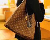 LV HOBO FLEUR手袋新款花瓣挂锁超大容量购物袋