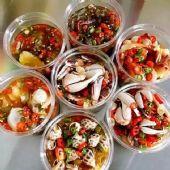 罐装麻辣小海鲜货源生产用麻辣捞汁还是麻辣炒料?