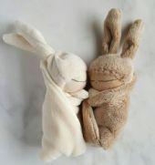 深圳亿美辰毛绒玩具工厂定制兔子公仔