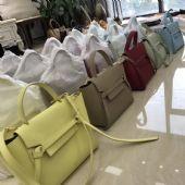 供应东莞外贸厂家批发市场 包包 服装 鞋子一手货源图片