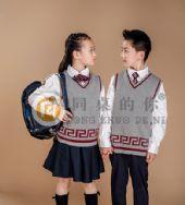 """小学生校服生产厂家,江苏圣澜""""同桌的你""""校服为您服务"""