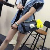 高档包包透明手袋的时尚气息,你get了吗?