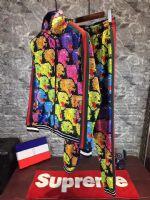 广州著�计访�牌男装服装批发商图片