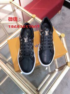 国际品牌精品原版厂家男鞋 专柜同步上新  价格美丽