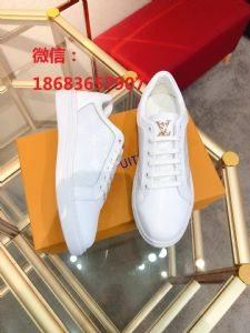 优质品牌男鞋  大牌专柜同步 看图选购。精选上乘皮料