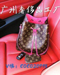 广州白云皮具工厂直销批发,主打国际大牌著�计钒�包