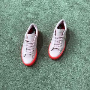 Adidas 阿迪三叶草 杨幂同款