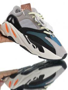 阿迪达斯三叶草贝壳鞋图片