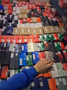 支持货到付款!莆田实力运动鞋服工厂 免费招代理 实体店图片
