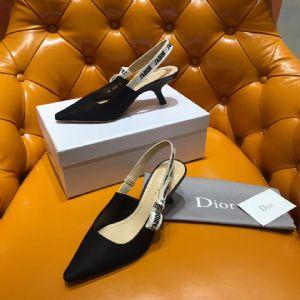 Dior经典猫跟鞋 黑织