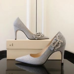 著�计钒�包鞋子一条街批发市场 分享下进货攻略