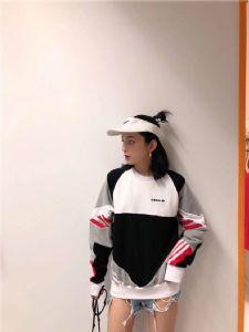 Adidas三叶草 男女卫衣圆领复古撞色宽松情侣款套头衫外套