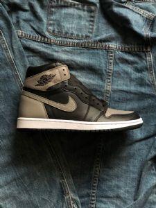 Air Jordan 1影子灰